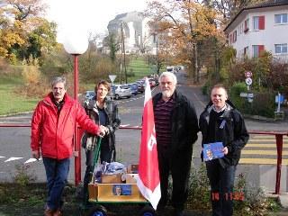 Roberto Zanetti mit Barbara Voegtli, Robi Werdenberg und René Umher beim Kaffee- und Speisehaus beim Goetheanum